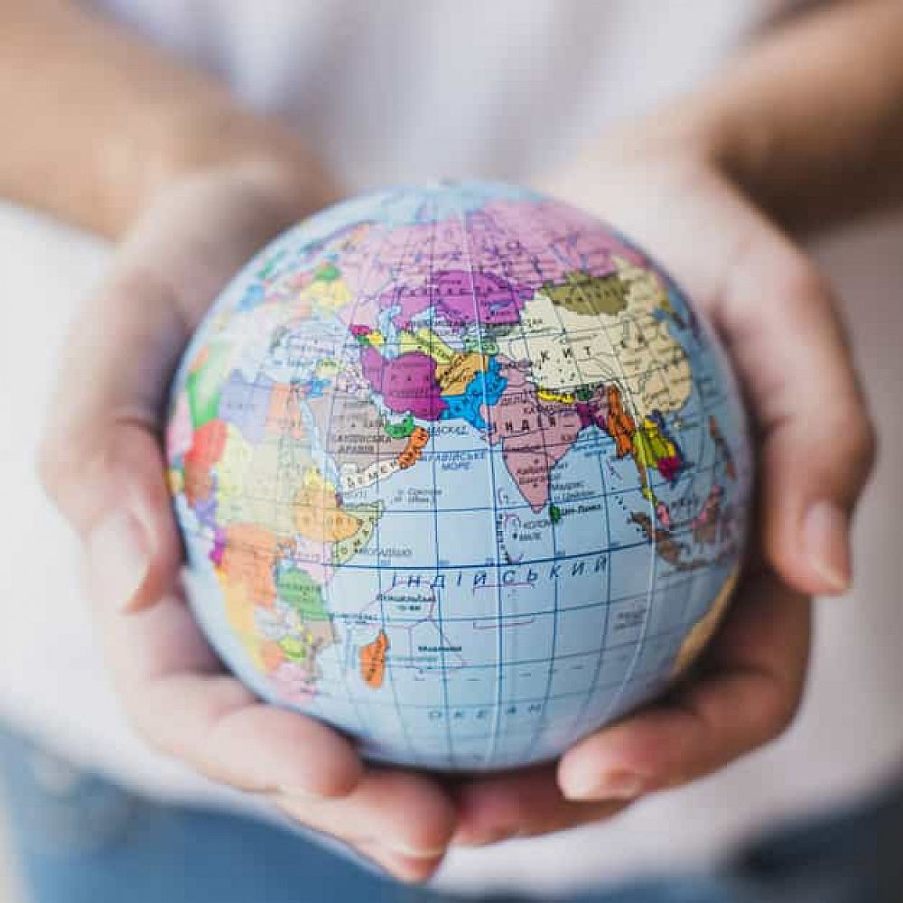 English as a Drive of Globalization | ITTT | TEFL Blog