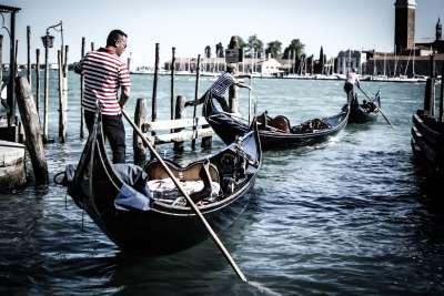 English Pronunciation Problems of Italian Native Speakers