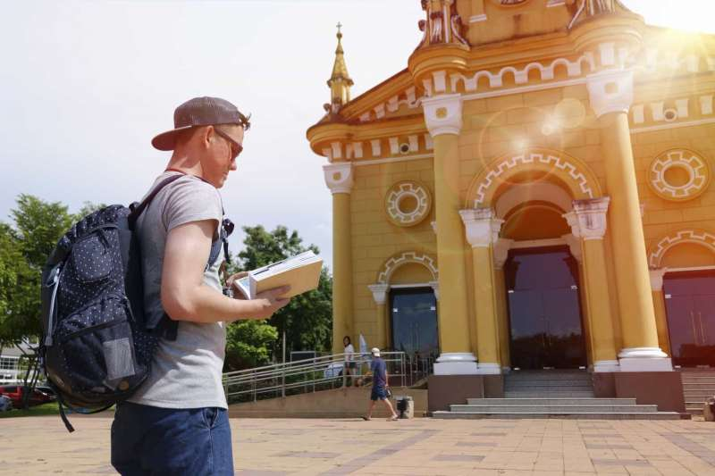 Top 5 Tips: How to Learn a New Language When Teaching English Abroad | ITTT | TEFL Blog
