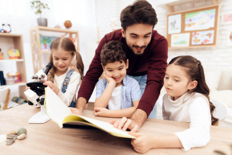 The Difference Between Teaching Adults and Children | ITTT | TEFL Blog