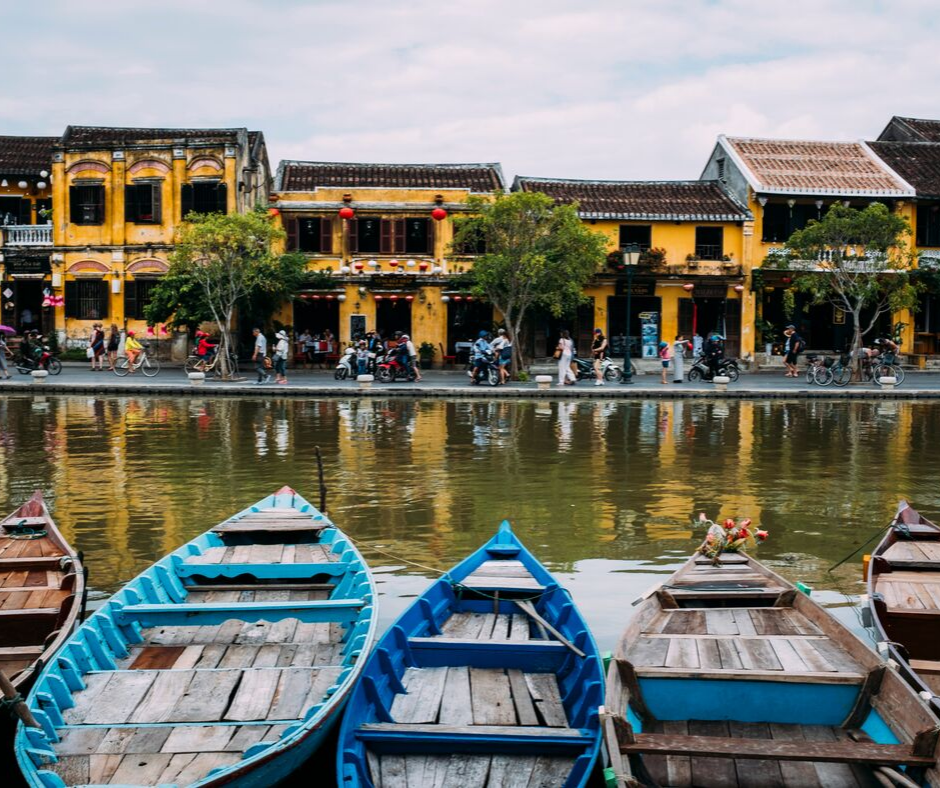 'Teaching English In Vietnam - The Salary and Budget Guide | ITTT | TEFL Blog'